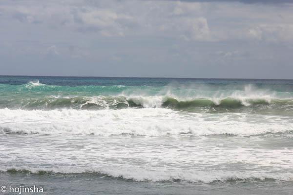 台風16号による大波のピークは過ぎたようです