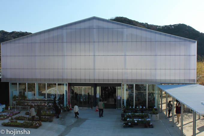 鋸南町道の駅「保田小学校」
