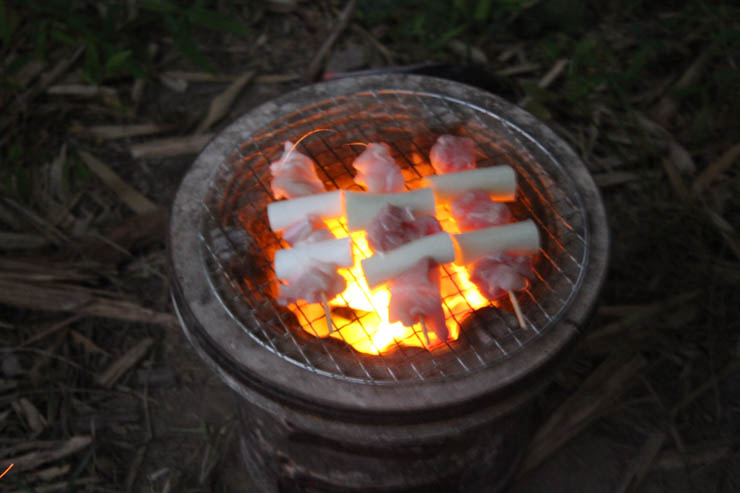 娘と焼き鳥作り、家で作るとコスパ最高、炭火で味も最高