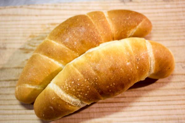 【安房の美味しいもの】ジェイズベーカリー(鴨川市)の塩バターロール