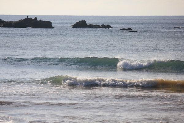 度付きサングラスを掛けてサーフィン、波が良く見えると調子良い
